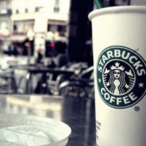 """""""A Febre Starbucks"""", uma dose dupla de cafeína, comércio e cultura."""