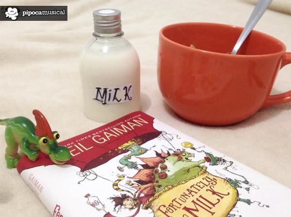 fortunately the milk resenha, fortunately the milk, pipoca musical, raquel moritz, livros em ingles, dicas de livros infantis, livro infantil, cereal livros, neil gaiman livros, fortunately the milk usa version