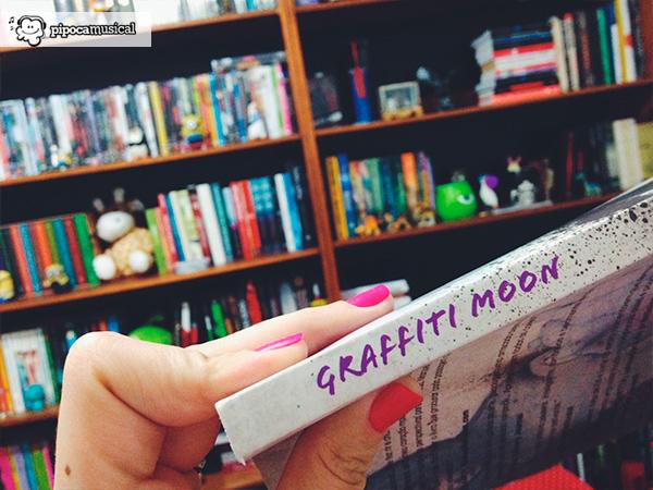 capa graffiti moon, livro sobre arte, pipoca musical