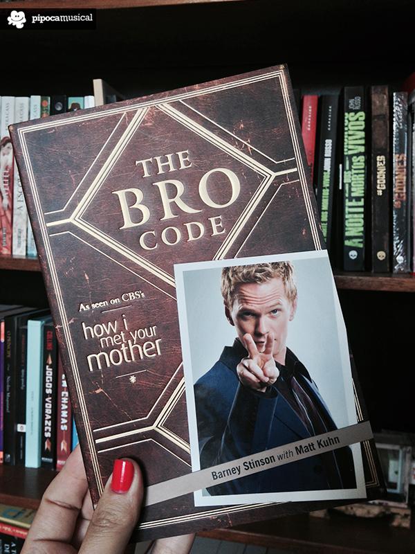 livros how i met your mother, the bro code barney stinson, pipoca musical, livros em inglês