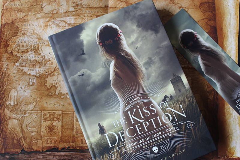 Kiss of Deception - entrevista com Mary E Pearson no Pipoca Musical