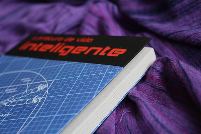 A Procura de Vida Inteligente, livro de Victor Allenspach