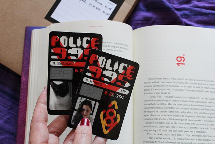 ID Card do kit de imprensa para o livro ANDROIDES50