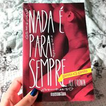 Nada é para Sempre, o primeiro livro da série Garota ♥ Garoto